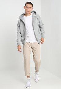 Urban Classics - ZIP HOODY - Zip-up hoodie - grey - 1