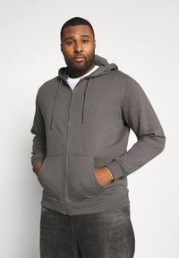 Urban Classics - BASIC TERRY ZIP HOODIE - Zip-up hoodie - darkshadow - 0