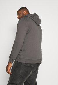 Urban Classics - BASIC TERRY ZIP HOODIE - Zip-up hoodie - darkshadow - 2