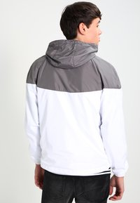Urban Classics - TONE TECH - Outdoor jacket - darkgrey/white - 2