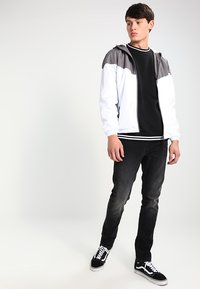 Urban Classics - TONE TECH - Outdoor jacket - darkgrey/white - 1