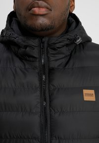Urban Classics - BASIC BUBBLE JACKET - Zimní bunda - black - 4