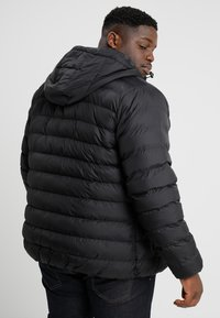 Urban Classics - BASIC BUBBLE JACKET - Zimní bunda - black - 2