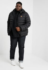 Urban Classics - BASIC BUBBLE JACKET - Zimní bunda - black - 1