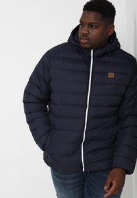 Urban Classics - BASIC BUBBLE JACKET - Winter jacket - navy/white/navy - 0