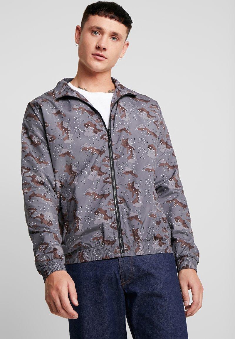 Urban Classics - Training jacket - darkdesert