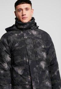 Urban Classics - MULTIPOCKET - Winter jacket - dark olive - 6
