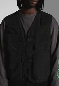 Urban Classics - TACTICAL VEST - Vest - black - 3