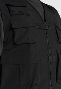 Urban Classics - TACTICAL VEST - Vesta - black - 5