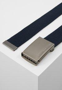Urban Classics - BELTS - Belt - navy/silver-coloured - 2