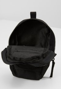 Urban Classics - UTILITY BELTBAG CASUAL - Bum bag - black - 5