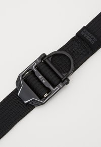 Urban Classics - TECH BUCKLE BELT - Belt - black - 2
