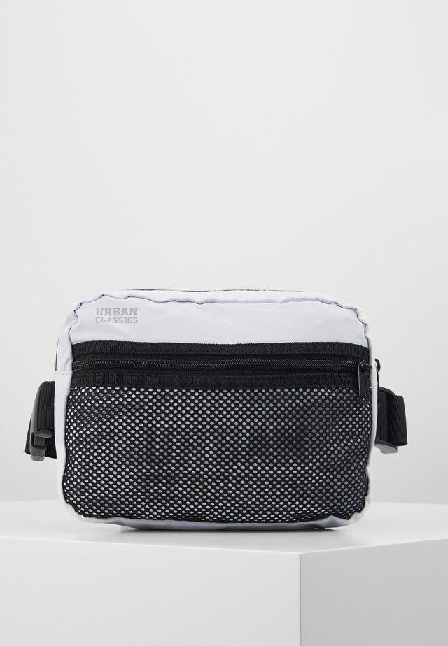 CHEST BAG - Bum bag - white