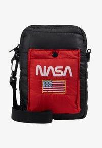 Urban Classics - NASA FESTIVALBAG - Taška spříčným popruhem - black - 5