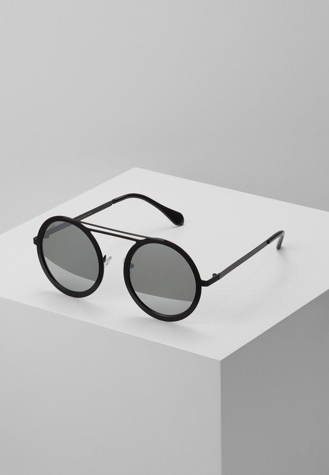 CHAIN SUNGLASSES - Sunglasses - silver mirror/black