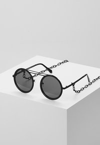Urban Classics - CHAIN SUNGLASSES - Sunglasses - black/black - 0