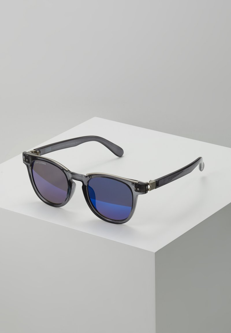 Urban Classics - SUNGLASSES ITALY WITH CHAIN - Sonnenbrille - grey/silver