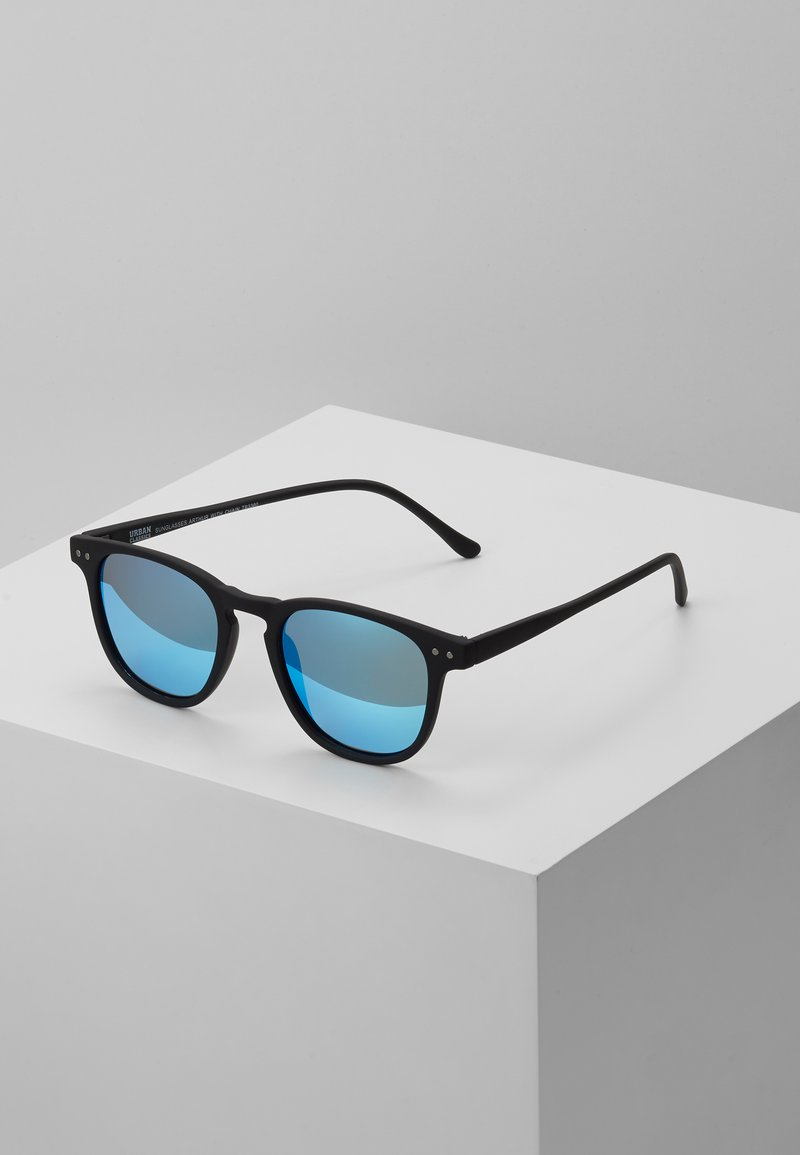 Urban Classics - SUNGLASSES ARTHUR WITH CHAIN - Gafas de sol - black/blue