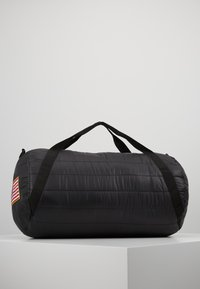 Urban Classics - NASA PUFFER DUFFLE BAG - Valigia - black - 2