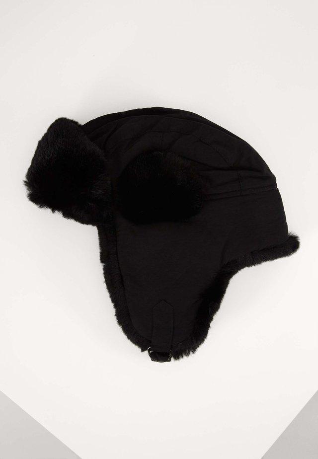 TRAPPER HAT - Mössa - black