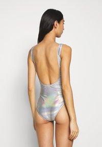 Urban Classics - LADIES SHIMMERING SWIMSUIT - Swimsuit - silverrainbow - 2