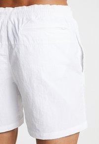Urban Classics - BLOCK SWIM - Shorts da mare - white - 1