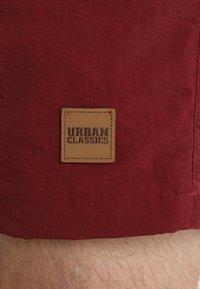 Urban Classics - BLOCK SWIM - Shorts da mare - navy/burgundy - 4