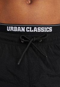 Urban Classics - TWO IN ONE SWIM - Bañador - black/white - 3