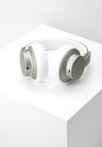 Urbanista - NEW YORK NOISE CANCELLING BLUETOOTH - Headphones - moon walk - 2
