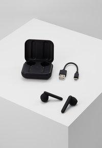 Urbanista - STOCKHOLM TRUE WIRELESS EARPHONES - Headphones - dark clown/black - 4