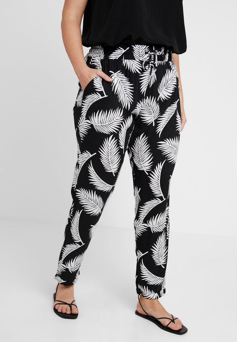 Urban Classics Curvy - LADIES ELASTIC WAIST PANTS - Trousers - black
