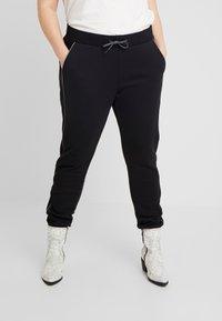Urban Classics Curvy - LADIES REFLECTIVE  - Pantalones deportivos - black - 0