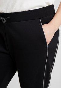 Urban Classics Curvy - LADIES REFLECTIVE  - Pantalones deportivos - black - 4
