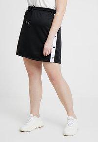 Urban Classics Curvy - LADIES TRACK SKIRT - A-line skirt - black/white - 0