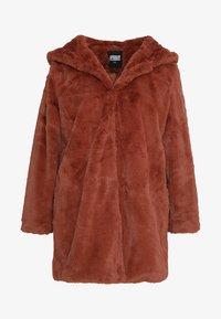 Urban Classics Curvy - LADIES HOODED COAT - Zimní kabát - darkrose - 5