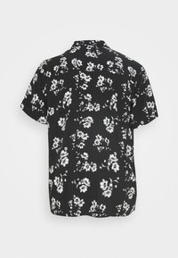 URBN SAINT - LAKE - Shirt - black - 5