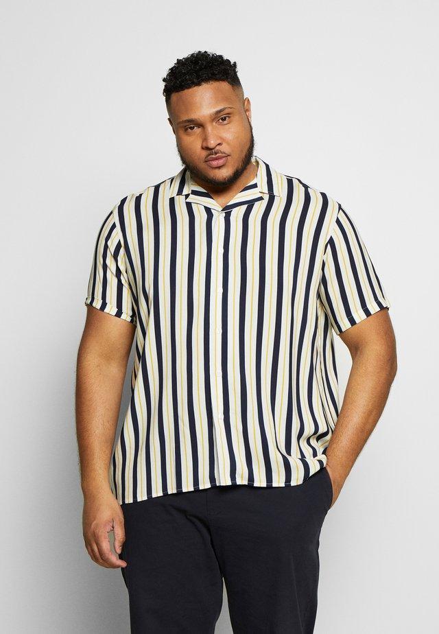 FERNANDO - Overhemd - pristine