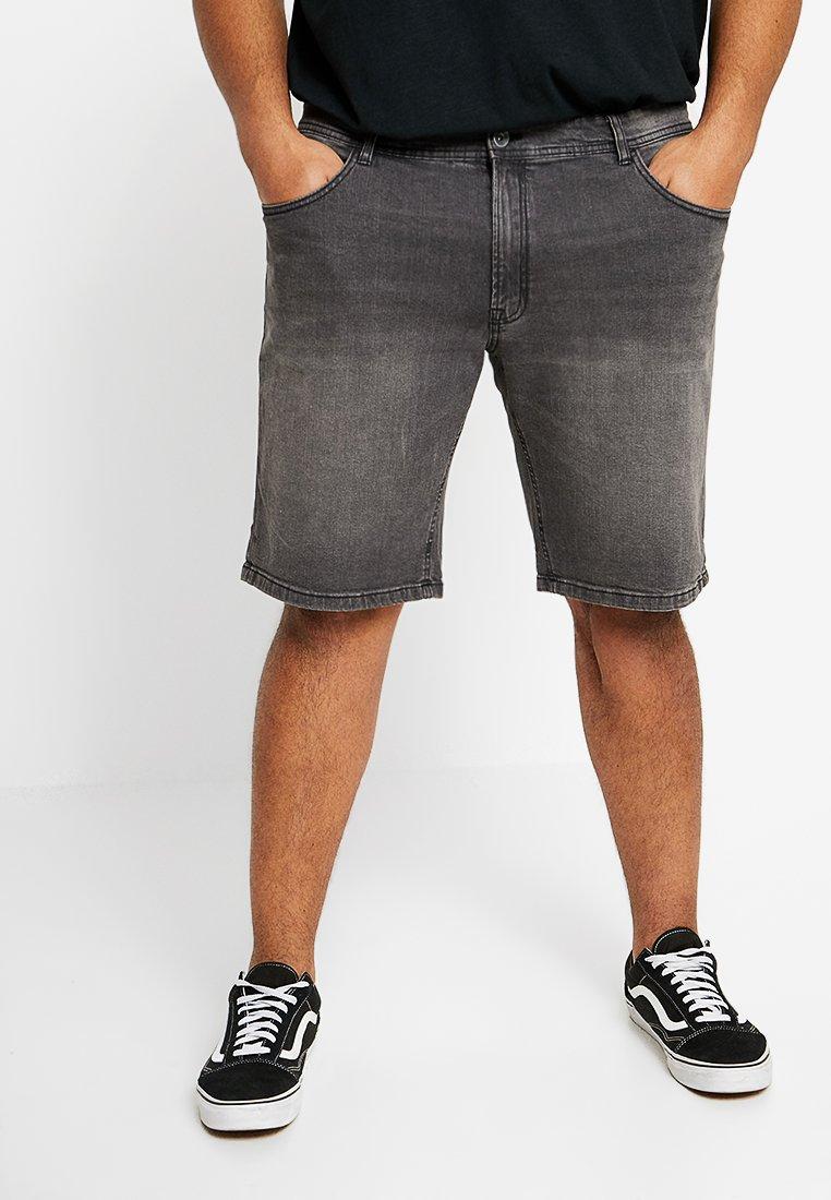 URBN SAINT - CHESTER SHORTS - Jeans Shorts - mid grey