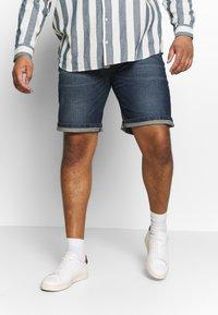 URBN SAINT - CHESTER  - Denim shorts - atlantic blue - 0