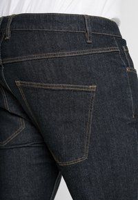 URBN SAINT - BERLIN - Slim fit jeans - rinse blue - 5