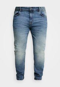 URBN SAINT - USBERLIN - Slim fit jeans - vintage blue - 3