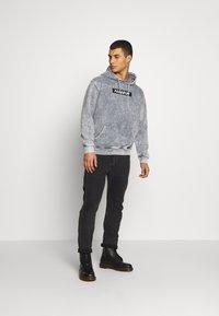 Urban Threads - ACID WASH HOODY  UNISEX - Sweatshirt - grey - 1