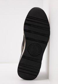 U.S. Polo Assn. - VIVIEN  - Scarpe senza lacci - gold - 6