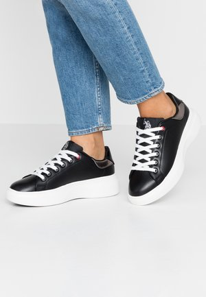 MIRIAM CLUB - Sneakers laag - black