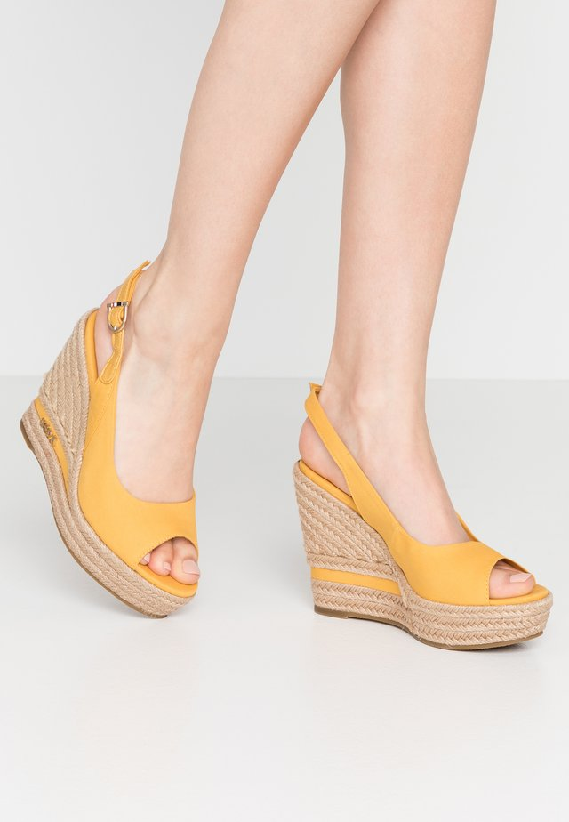 AFRODITE - High Heel Sandalette - yellow