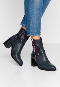 U.S. Polo Assn. - AGNES - Støvletter - dark blue - 0