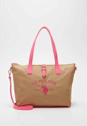 PATTERSON FLUO - Käsilaukku - beige/pink