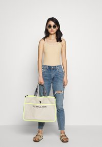 U.S. Polo Assn. - HALIFAX - Shopping bag - beige/ yellow - 1