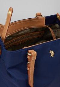 U.S. Polo Assn. - HOUSTON - Handbag - navy/beige - 4