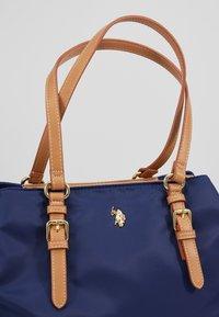 U.S. Polo Assn. - HOUSTON - Handbag - navy/beige - 7